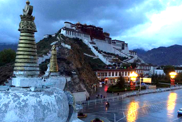 Tibet Overland Tour spring/autumn 2018/2019 cost & itinerary