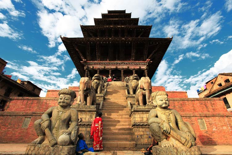 Explore Kathmandu Valley Tours fixed departure spring/autumn 2018/2019 cost & itinerary